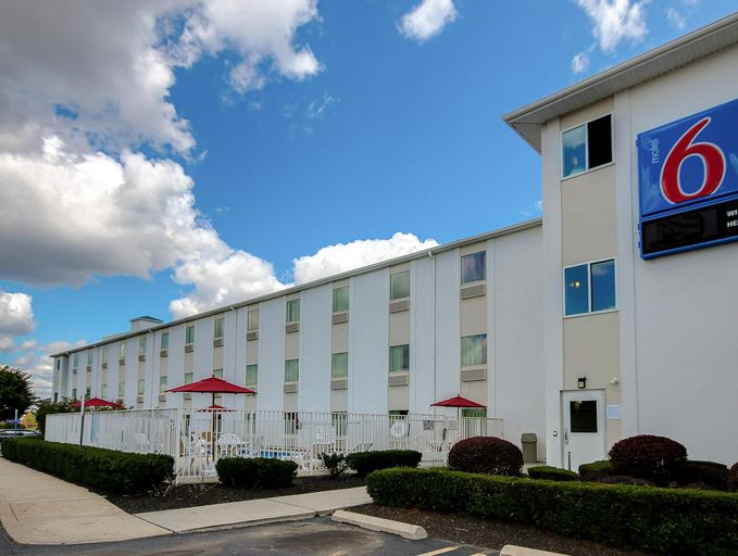 Motel 6 King of Prussia, Montgomery