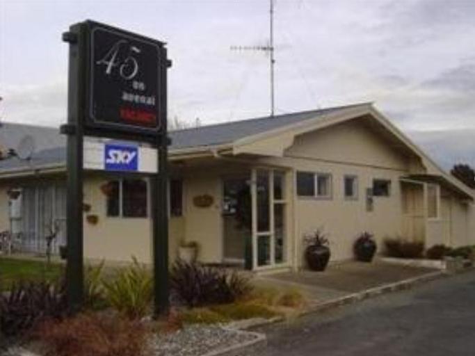 45 on Avenal Motel, Invercargill
