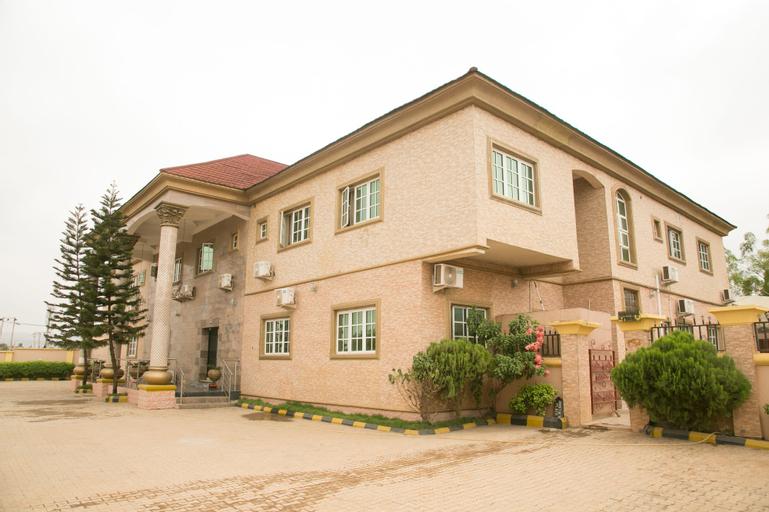 Josto's Place, AbujaMun