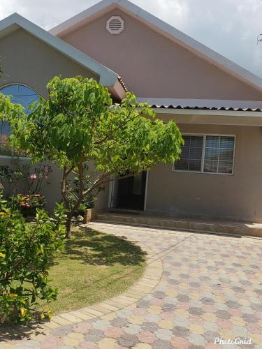 Caymanas estate 24/7 security, Just like home,
