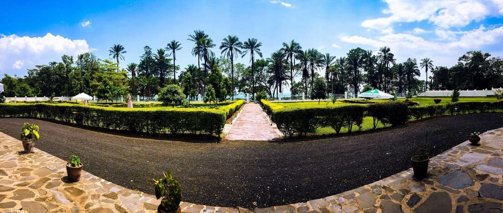 Discover Rwanda Gisenyi Beach, Rubavu
