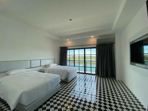 ESC PARK HOTEL, Khlong Luang