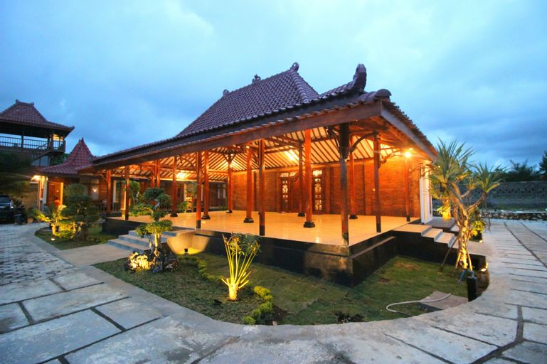 The Royal Joglo, Gunung Kidul