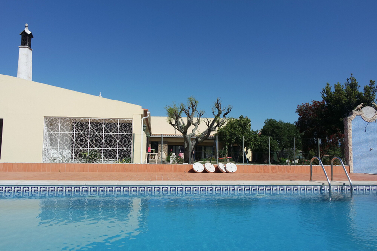 E - Countryside Guesthouse - 2 bed Apartment by DreamAlgarve, Lagos