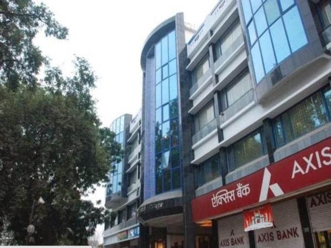 Hotel Crystal Palace, Meerut