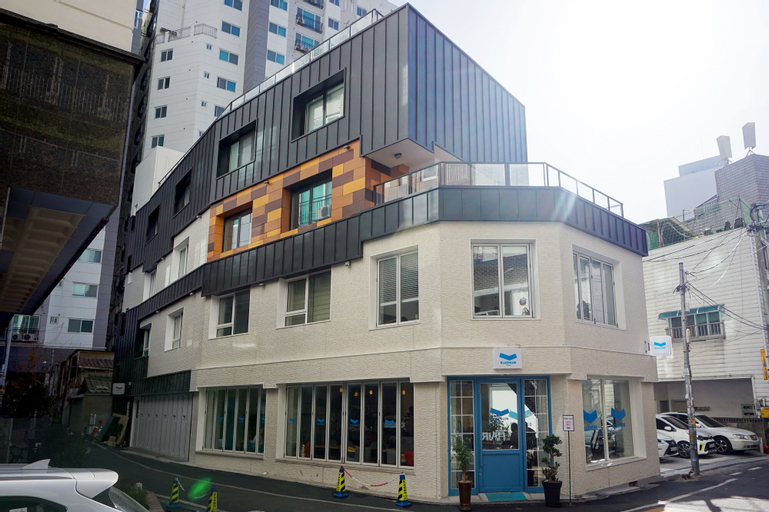 BLUEHUM Guesthouse - Hostel, Bupyeong
