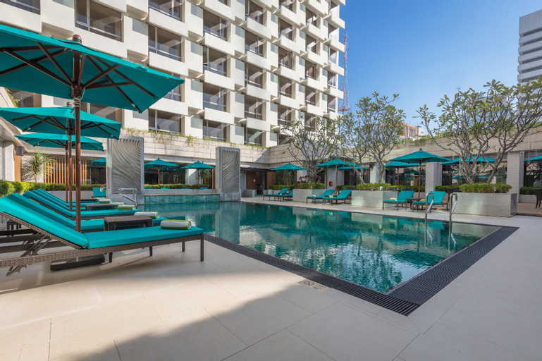 Holiday Inn Bangkok, Ratchathewi
