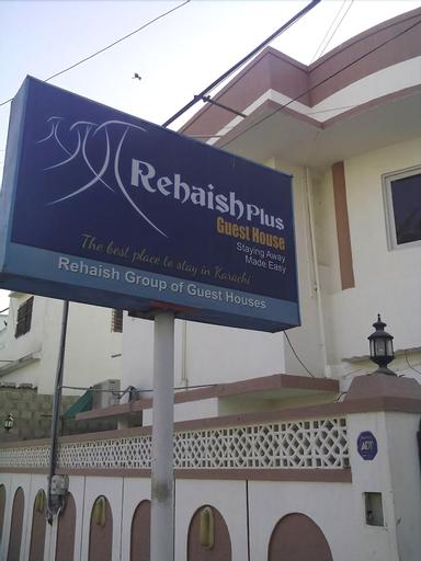 Rehaish plus guest house, Karachi