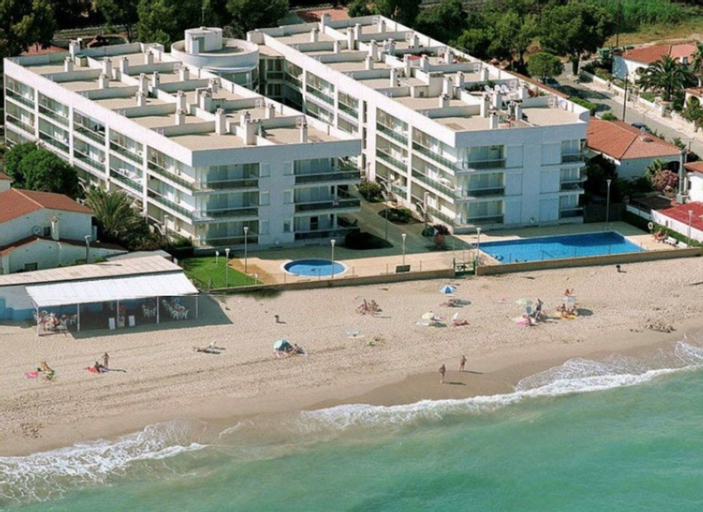 Apartamento Vista a la Piscina Para 6 Personas en Miami Playa, Tarragona