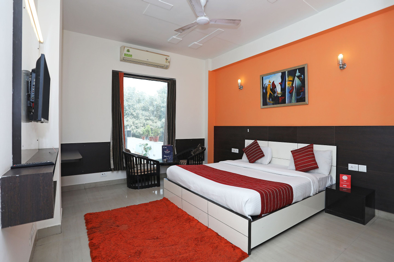 OYO 10020 Aruma Residency, Gurgaon