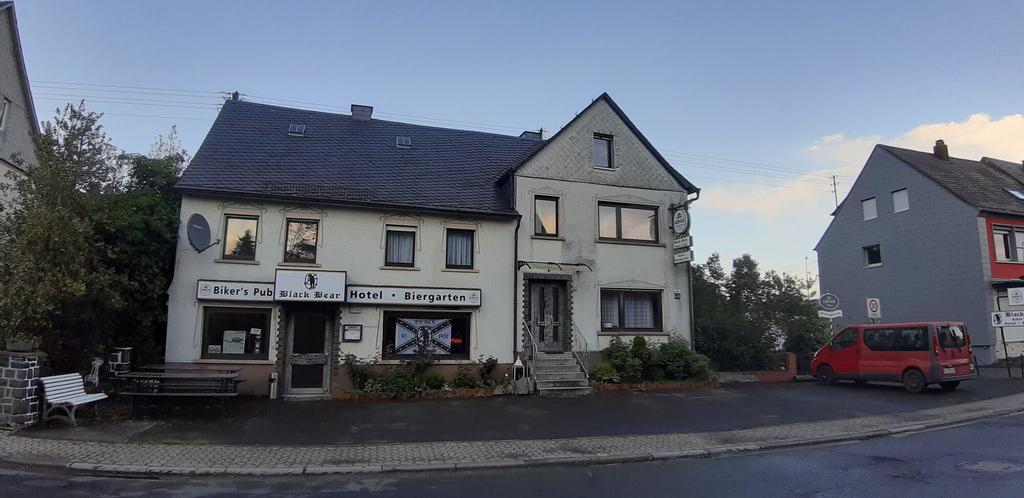 Black Bear Bikers Pub Hotel, Birkenfeld