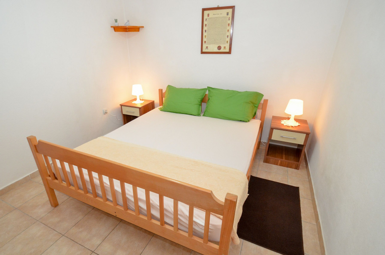 Apartments Risan Center,
