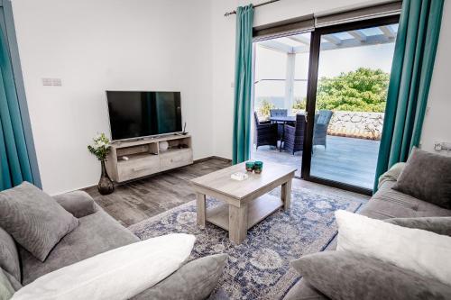Joya Cyprus Spring Garden Apartment,