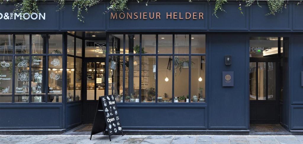 Monsieur Helder, Paris