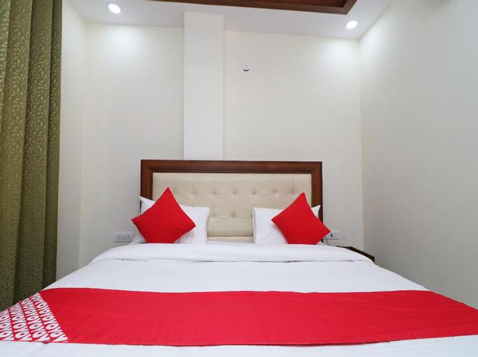 OYO 37078 Hotel Dezzire, Faridabad