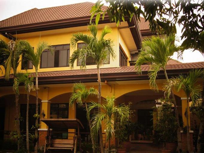 Casa Verde Boutique Hotel and Gardens, Imus