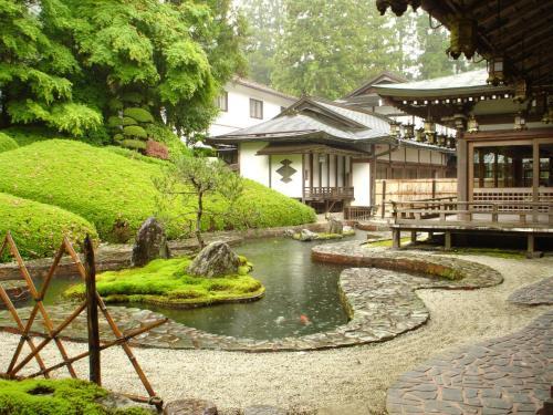 Koyasan Onsen Fukuchiin, Kōya