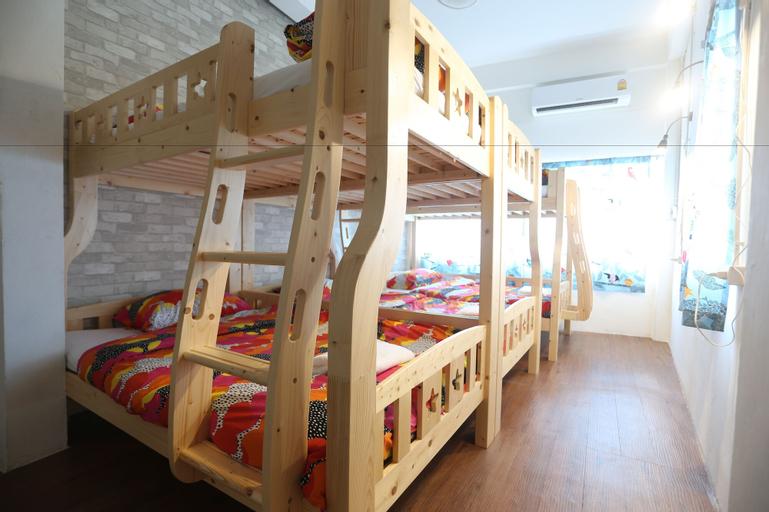 Blue Jasmine Hostel, Pathum Wan