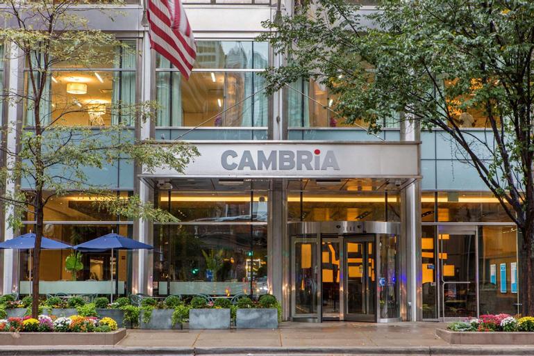 Cambria Hotel Chicago Magnificent Mile, Cook