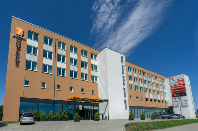 7 Days Premium BERLIN – Schönefeld, Dahme-Spreewald