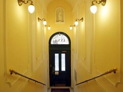 Anna Hotel, Praha 2