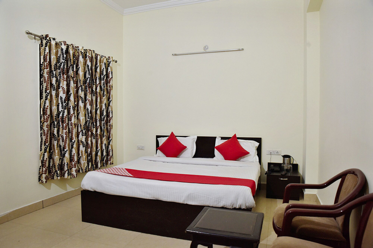 OYO 10753 Hotel Triund Regency, Reasi