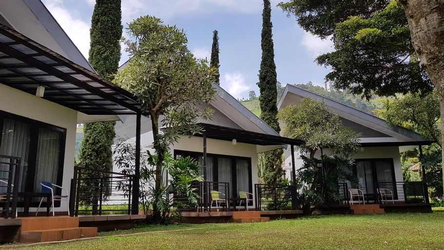 New Mountain Springs Hotel & Resort, Bandung