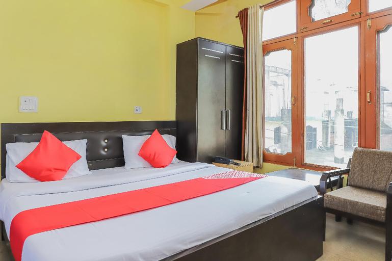OYO 24639 Hotel Shingar Palace, Mandi