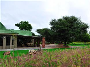 Otjiwa Safari Lodge, Omatako