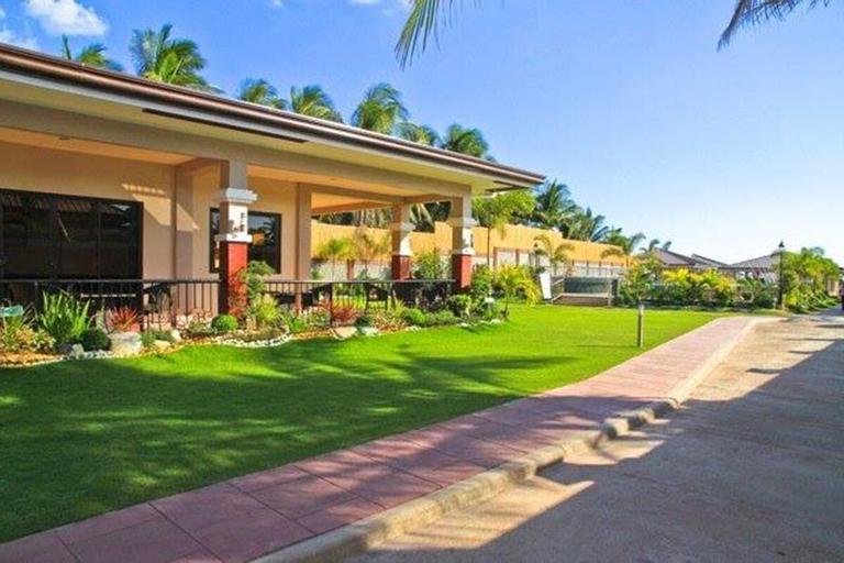 La Sueña Brisa Beach Resort and Events Place, Lemery