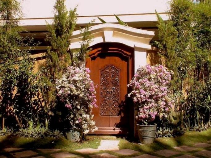 Bali Emerald Villa, Denpasar