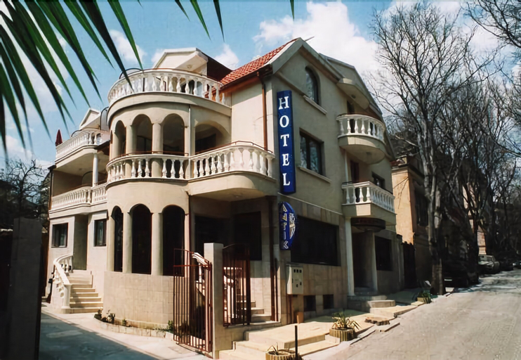 Antik, Varna