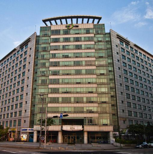 Incheon Airportel, Jung