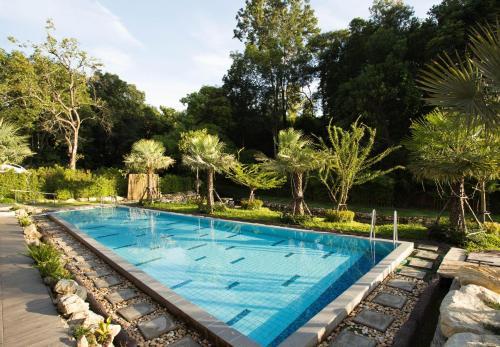 Taryn Hot Springs, Muang Ranong