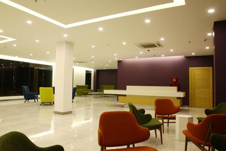 D Anggerek Service Apartment, Berakas A