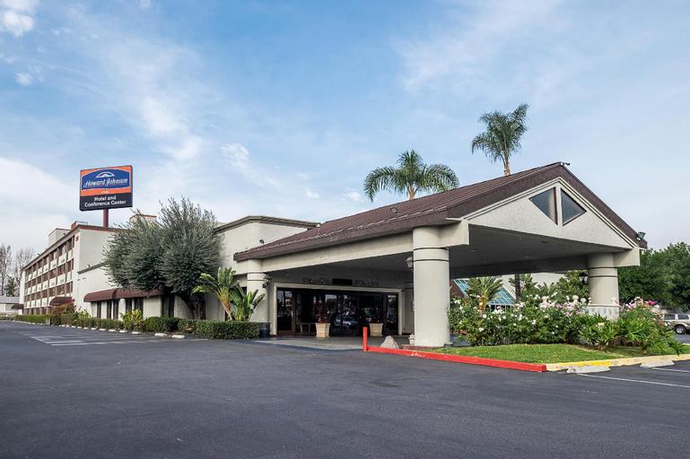 Howard Johnson Hotel&Conf Cntr by Wyndham Fullerton/Anaheim, Orange