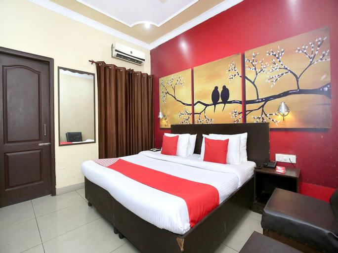 OYO 1357 Hotel Seemaz, Jalandhar
