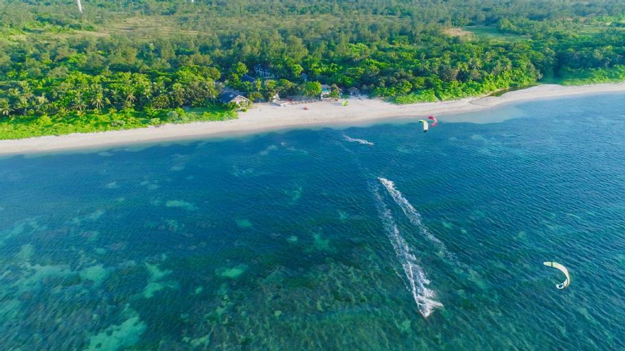 Kingfisher Sand Sea Surf Resort, Pagudpud