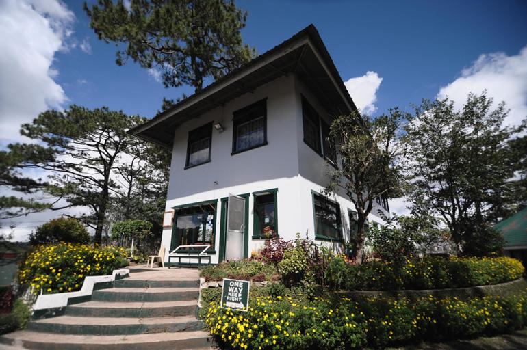 Pine Breeze Cottages, Baguio City