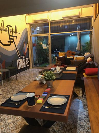 The Urban Age Hostel, Bang Rak