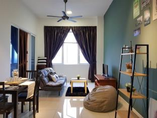 1-5 pax 5mins IOI Mall LRT Cozy Apartment Puchong, Kuala Lumpur