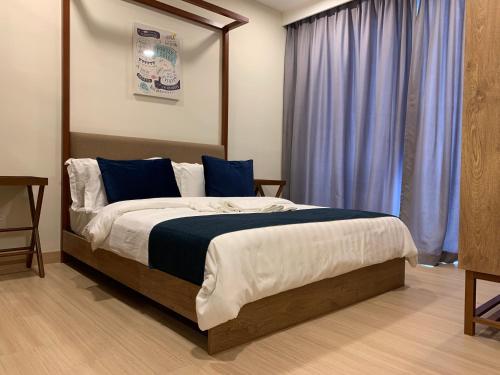 Timurbay Seaview Suite by Guns Studio, Kuantan