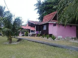 Riki's Place Pulau Besar, Mersing