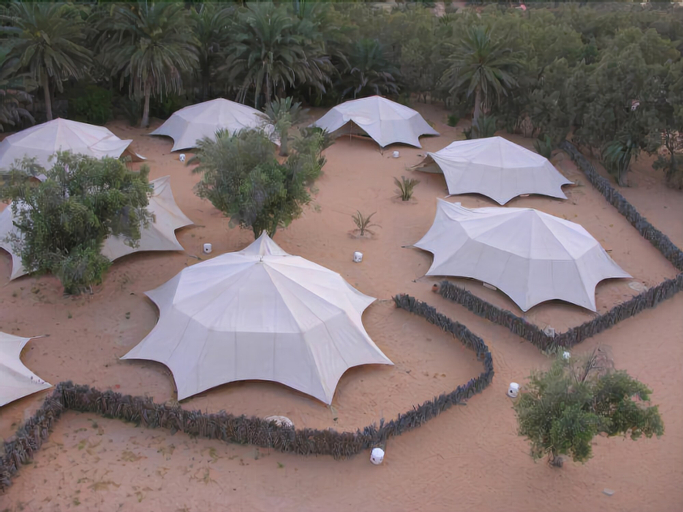 Campement Yadis Ksar Ghilane, Douz
