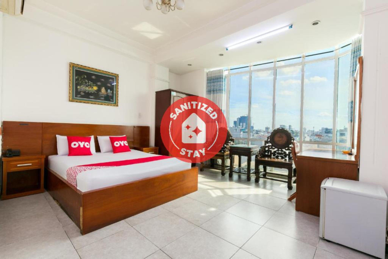 OYO 975 Trung Nam Hotel, Quận 8