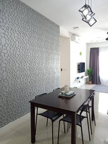 Orchid Lodge, Savanna Executive Suite, Southville City, Hulu Langat