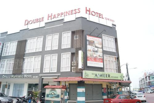 Double Happiness Hotel, Manjung