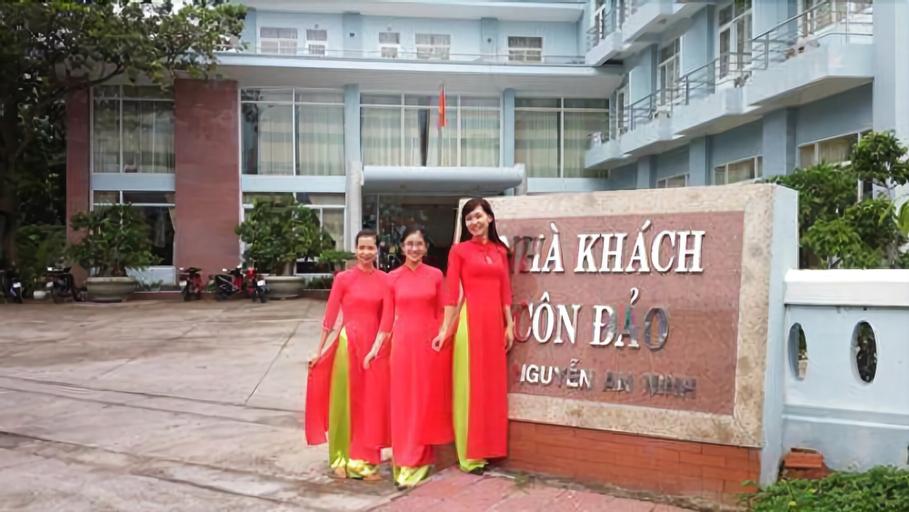 Nha Khach Con Dao, Côn Đảo