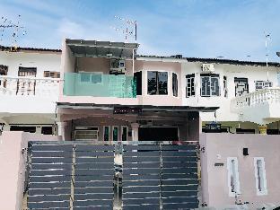 Seri Manjung HomeStay@Spacious Family Home, Manjung