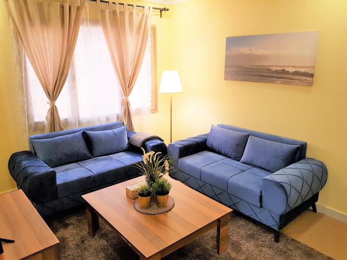 Cozy 2 Bedroom Apartment,